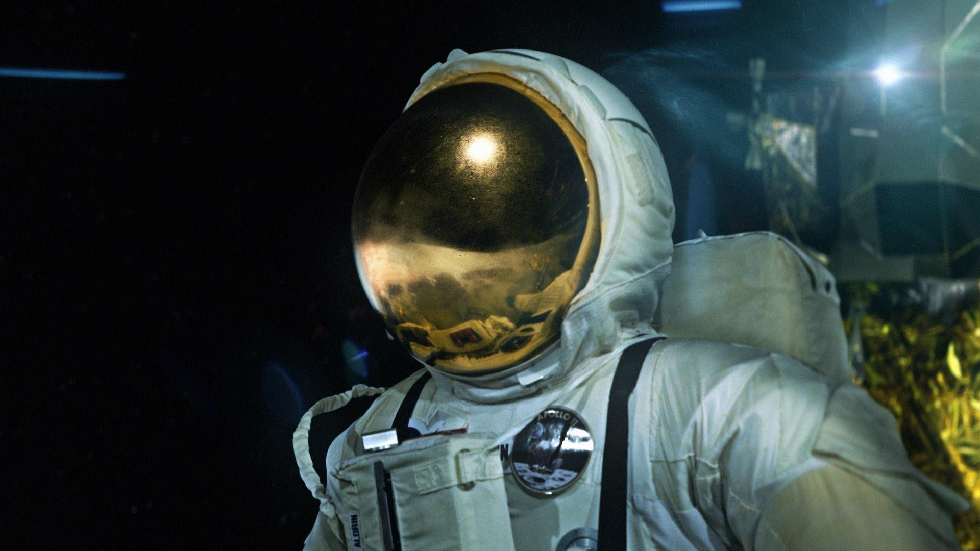 Ryan Thompson - Exploration - Astronaut